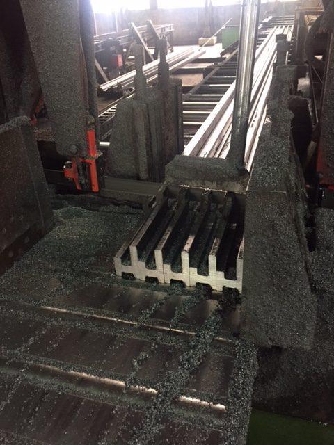 熱押形鋼 ステンレスや高張力鋼 素材は多様!